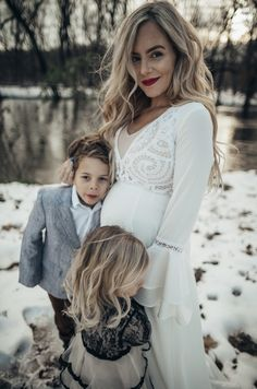 Fashion Tips For Women Body Shapes Beauty Photography, Maternity Photography, Lifestyle Photography, Family Photography, Lifestyle Blog, Fashion Tips For Women, Kids Fashion, Winter Fashion, Hair Up Styles