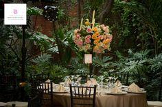www.bougainvilleabodas.com.mx – Wedding Planner tiene muchas propuesta por hacerte, como esta bella decoración de mesas para tu boda en San Miguel de Allende.