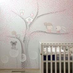 """gyermekKUCKÓ su Instagram: """"Lénának pingáltam 🥰 #gyermekkuckó #falfestès #faldekoráció #nursery #painting #mural @agigyermekkucko"""" Art Wall Kids, Art For Kids, Wall Art, Baby Room Decor, Nursery Room, Dream Bedroom, Kids Bedroom, Baby Zimmer, Baby Painting"""