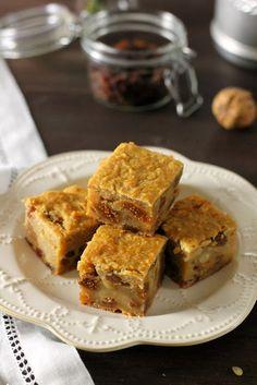 Pinza Veneta: Veneto baked semolina cake with raisins and pine nuts. Semolina Cake, Raisin, Biscotti, Allrecipes, Banana Bread, French Toast, Sweets, Baking, Breakfast