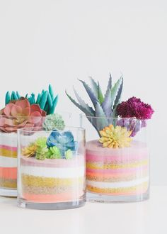 How To Make A Layered Sand Succulent Planter - Create your own forever terrariums with layers of beautifully colored sand and artificial succulent - Succulent Wedding Centerpieces, Succulent Arrangements, Diy Centerpieces, Succulent Decorations, Succulent Planter Diy, Diy Planters, Diy Terrarium, Hanging Planters, Succulent Display