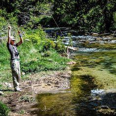 Down a creek with no net, exercise in patience. #tenkara #flyfishing #fishing #utah #chickswhofish #womenoutdoors