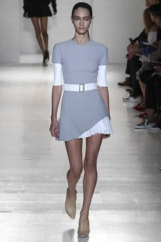 Neutrals - simple can look so effective.   Victoria Beckham Spring 2014 Ready-to-Wear Collection Slideshow on Style.com