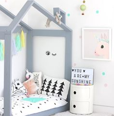 Decorating your children's room with grey and pastels. A fresh way to refresh their bedroom