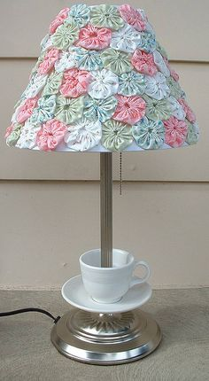 fabric yo yo lamp! How pretty=love this idea!  With Lilly fabric...