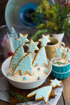 Имбирные пряники — новогодние печенья с глазурью А вы думали, что я оставлю вас без нового рецепта имбирных пряников с глазурью?! Ага, щас!!Все мы любим эти новогодние печенюшки за их волшебство, которым они заряжают нас, дарят праздничное настроение и позволяют смело использовать фантазию при выборе высечек для теста, декора, цветов глазури и прочего. Кто-то ограничивается...