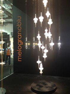 Salon Maison&Objet - Singapour Melogranoblu Villa, Chandelier, Ceiling Lights, Lighting, Design, Home Decor, Singapore, Candelabra, Decoration Home