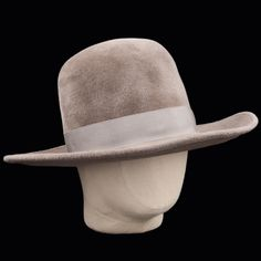 8301a279d50 UNIONMADE - Kijima Takayuki - Felt Rabbit Fur Hat in Greige