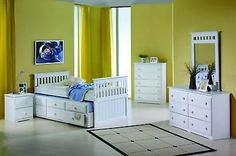 Captain's Bed With Trundle And Drawers--white