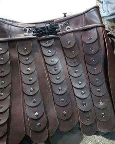 Back si de of the skirt! Its becoming a wonderful costume! #xena #xenacosplay #xenacostume #xenascor - xenacollection