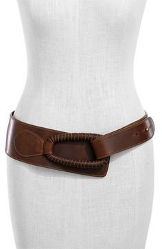 I like this belt. Leatherock 'Pull Back' Hip Belt Leather Armor, Leather Belts, Leather Jewelry, Leather Craft, Leather Bag, Leather Accessories, Women Accessories, Fashion Accessories, Ceinture Large