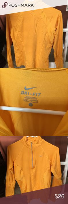 Nike pullover Very good condition.  Smoke and pet free home Nike Jackets & Coats