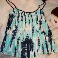 Flowy summer tank top!!! Never been worn. Size M. Soft material. Very comfy!! Ocean Drive Tops Tank Tops