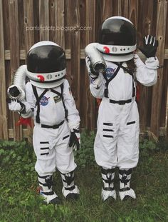 24 Best תחפושת אסטרונאוט Images Astronaut Costume Space Suits