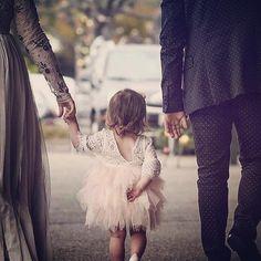 """223 mentions J'aime, 2 commentaires - MyFashionBabyStore (@myfbs.fr) sur Instagram: """"Prête pour la cérémonie avec ma robe LOUNA 😍 www.my-fbs.fr Livraison GRATUITE 🎁 Expédition sous…"""""""