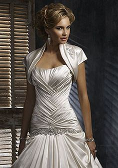 Bridesmaid dress for weddings.  Shop for  wedding charm jewelry at: http://www.charmnjewelry.com/category/sterling_silver/Love_and_Marriage_Charms.htm #WeddingCharm