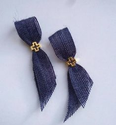 Martyrika in navy style with burlap ribbon and gold cross -witness pin-orthodox baptism - Greek baptism bomboniere Burlap Ribbon, Burlap Cross, Ribbon Cards, Greek Easter, Girl Christening, Gold Cross, Childrens Party, Beaded Embroidery, Navy Style
