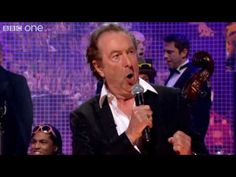Eric Idle performs 'Always Look on the Bright Side of Life' - The Graham Norton Show - BBC One Phil Connors, Best Insults, Pat Robertson, Eric Idle, Norton Show, Bright Side Of Life, Rich Family, Bbc One, Monty Python