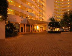 Night shot of Bay Plaza condos - http://www.dwellingwell.com/bay-plaza-condos-sarasota.php