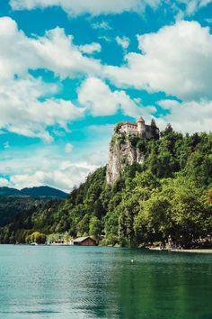 Castle at Lake Bled Slovenia // Places to visit in Eastern Europe // Travel Blog