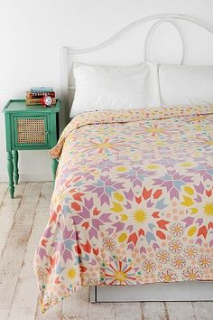 girls room | bedding
