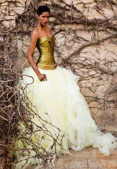 Vestido de novia Jordi Dalmau 2016 Modelo Xenia. #vestidosnovia #moda #fashionbridal #weddingdress #evanovias #noviaoriginal