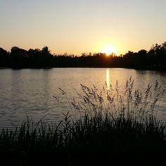 Coucher de soleil sur le Lac de Christus à Saint Paul lès Dax.  #landes #saintpaullesdax #lacdechristus #sunset