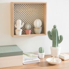 Figura de cactus de porcelana bicolor H. 25 cm | Maisons du Monde
