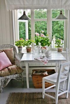Cottage style decorating in the home tour of Vibeke Design. Nestled in Norway, the cottage is filled with charming ways to display what you love. Cottage Style Decor, Cottage Design, Shabby Chic Cottage, House Design, Small Cottage Kitchen, Cottage Kitchens, Cottage Living, Hygge, Estilo Country
