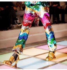 t-e-l-e-p-a-t-h-y: Meadham Kirchhoff London Fashion Week Weird Fashion, Colorful Fashion, High Fashion, Fashion Show, Haute Couture Style, London Fashion Weeks, Runway Fashion, Womens Fashion, Fashion Trends