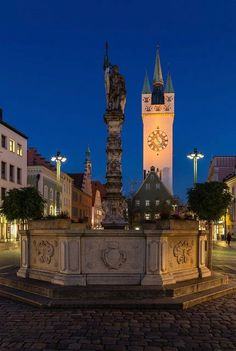 Theresienplatz square and Stadturm Tower - Straubing, Lower Bavaria, Germany  | by Harald Nachtmann  http://www.harald-nachtmann.de
