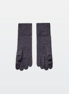 TECH FRIENDLY GLOVES | Aritzia Women's Accessories, Scarves, Gloves, Purses, Tech, Bags, Shopping, Fashion, Scarfs