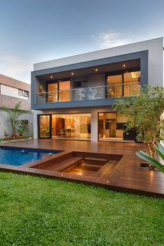 Bungalow House Design, House Front Design, Home Room Design, Dream Home Design, Modern Villa Design, Contemporary Design, Modern Architecture House, Modern House Facades, Luxury Homes Dream Houses