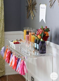 How to Create a Mimosa Bar
