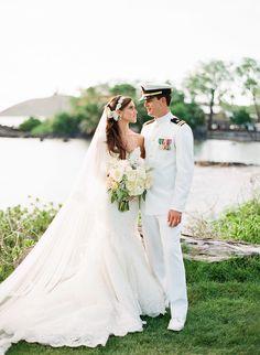 Photography: Jana Morgan Photography - janamorgan.com  Read More: http://www.stylemepretty.com/2014/01/23/maui-destination-wedding-at-the-sugarman-estate/