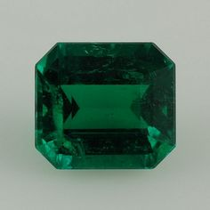 Emerald. Effective against headaches. Promotes mental growth, farsightedness, and perceptiveness. With an Emerald misfortunes can be better managed. It symbolizes hope and development. It stands for maturity and was a stone of divine intuition for the Greeks. The Emerald is assigned to those born under the sign of Cancer.