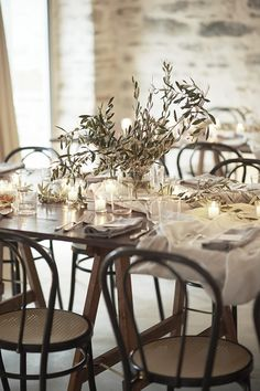 chic all white rehearsal dinner table idea | image via: once wed