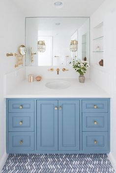 Designer Stefani Stein revamps a Marina Del Rey beachside retreat. #MasterBathroom Bad Inspiration, Bathroom Inspiration, Bathroom Ideas, Bathroom Vanities, Budget Bathroom, Bathroom Organization, Blue Bathroom Vanity, Blue Bathrooms, Bathroom Layout