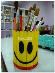 40 So-Easy Popsicle Stick Crafts for Kids Kids Crafts, Popsicle Stick Crafts For Kids, Popsicle Sticks, Diy Home Crafts, Craft Stick Crafts, Plate Crafts, Pinterest Crafts, Stick Art, Crafts With Pictures