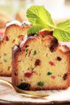 Grandma's light Christmas cake recipe offers the perfect alternative to dark fruitcakes.  You'll be proud to serve these white fruitcakes over the Holiday Season.
