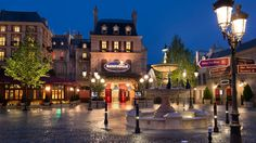 Celebrate adventure, fantasy, the past, the future and the imagination! Look at this Disneyland Paris attraction.