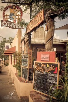 Cowgirls restaurant, Santa Fe, New Mexico.