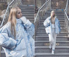 Olga C. - sky blue velvet