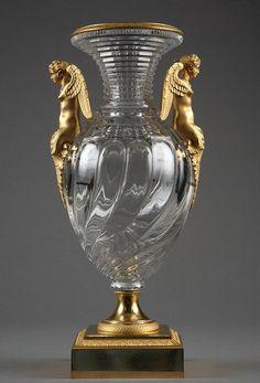 Crystal vase with gilt bronze mounts / Vase en cristal