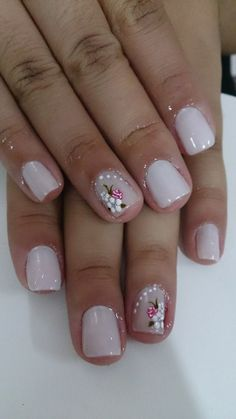 pretty manicure minus the stone & flower though. Flower Nail Designs, Cute Nail Designs, Shellac Nails, Nail Manicure, Trendy Nails, Cute Nails, Sunflower Nail Art, Pretty Nail Colors, Boxing Day