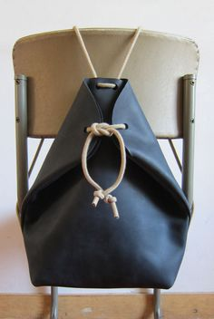 minimal rucksack charcoal black more chris vanveghel. love these simple minimal rucksack charcoal black more chris vanveghel. love these simple Handmade Handbags, Handmade Bags, Leather Craft, Leather Bag, Black Leather, Sac Week End, Leather Projects, Handbags Michael Kors, Mk Handbags