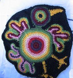 Freeform bird blanket in progress, Bird Freeform Crochet, Crochet Art, Love Crochet, Irish Crochet, Crochet Motif, Crochet Shawl, Crochet Flowers, Crochet Patterns, Crochet Edgings