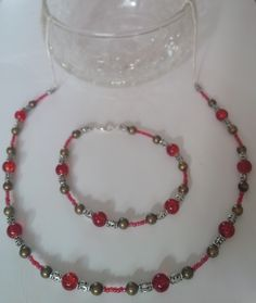 Red necklace and earring set Red Necklace, Beaded Necklace, Earring Set, Jewelry Making, Jewellery, Pearls, How To Make, Beaded Collar, Jewels