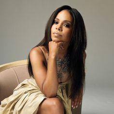 Sanaa Lathan her beauty is on another level