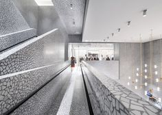 http://www.dezeen.com/2014/09/11/david-chipperfield-valentino-flagship-store-fifth-avenue-new-york/